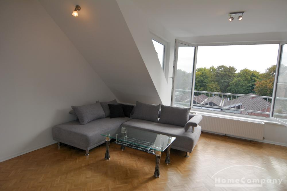 Great, central attic apartment in Kiel, furnished