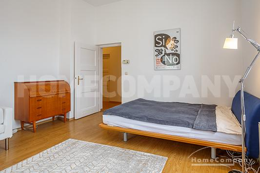 Quiet and nice 1.5 room flat in old-building in Isarvorstadt area.
