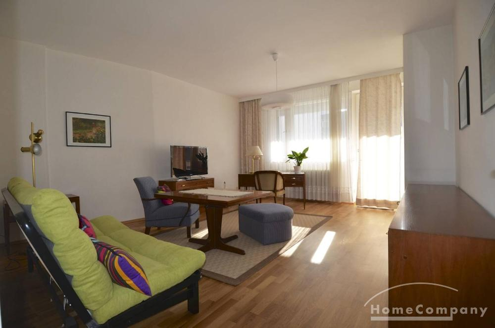 Sunny, Furnished 1 Bedroom Flat, near Kurfurstendamm, Berlin-Charlottenburg