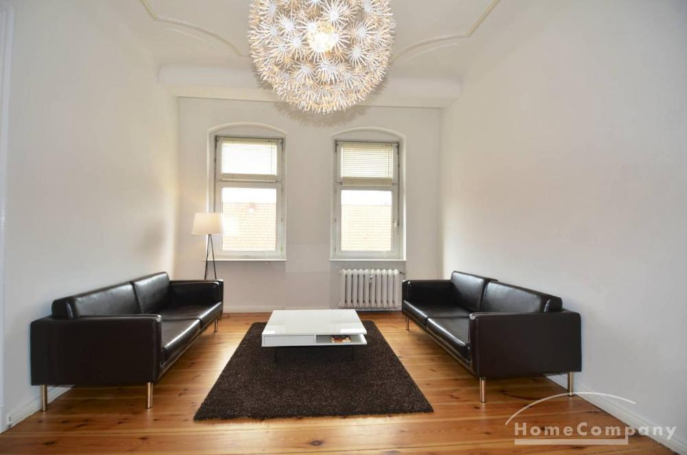 Spacious 4 Room Apartment in Berlin-Schmargendorf, Furnished