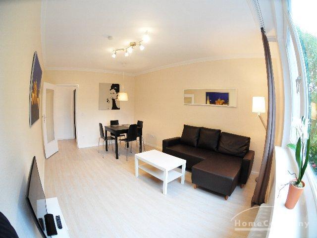 Helle 3-Zimmer-Wohnung mit Balkon in Berlin Wilmersdorf, möbliert