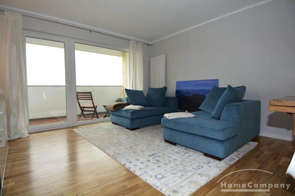 Bright and Airy 2 Bedroom Apartment with a View, Berlin, Furnished