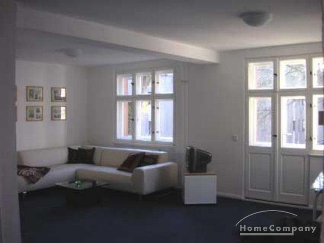 Furnished 1 bedroom flat with a balcony in Berlin Charlottenburg