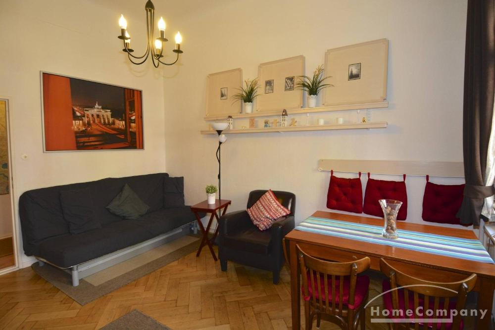Bright one bedroom apartment in Wilmersdorf, Berlin