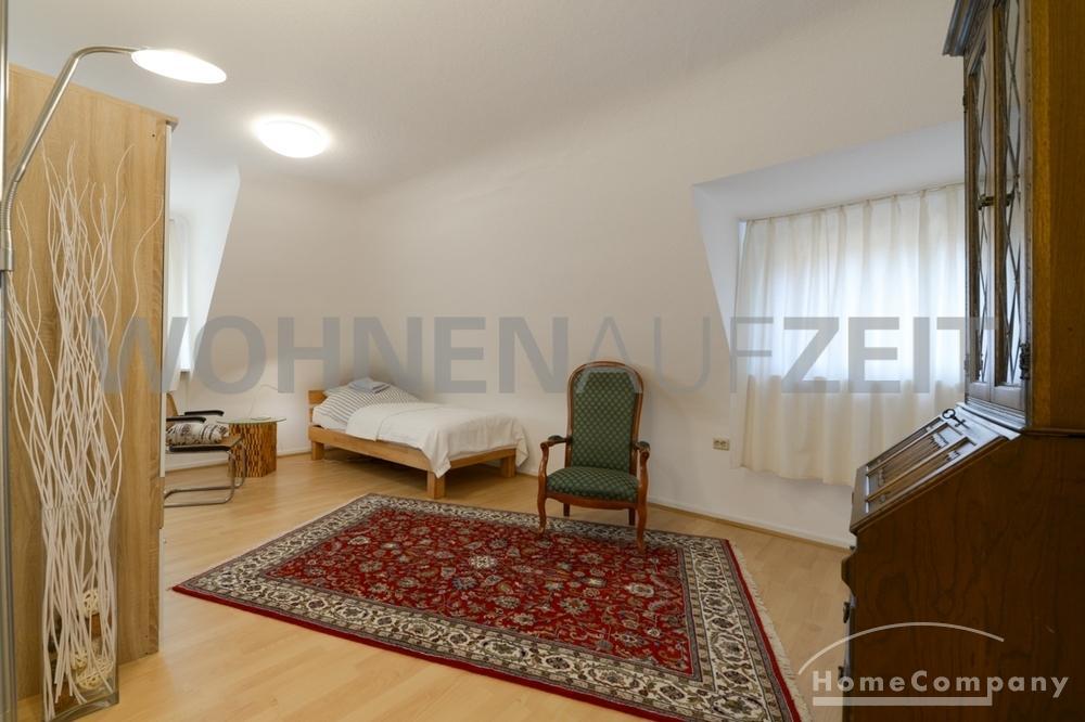 room / short-term rental / Saarbrücken