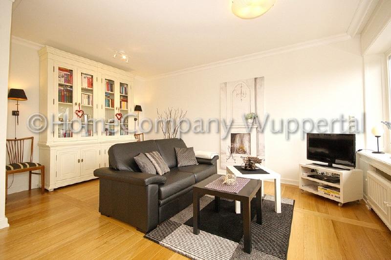apartment on higher floor / short-term rental / Wuppertal