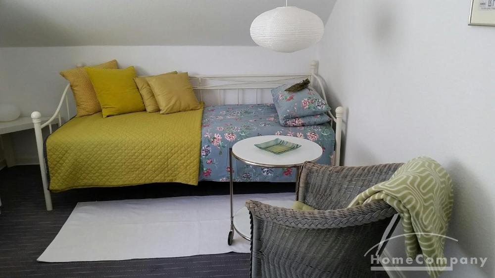 room / short-term rental / Bonn